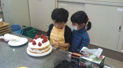 クリスマスケーキの会2011_b0114789_14531071.jpg