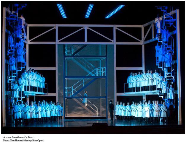 昨夜のMetオペラで事故、ビビる・・(汗)_d0240098_0525547.jpg