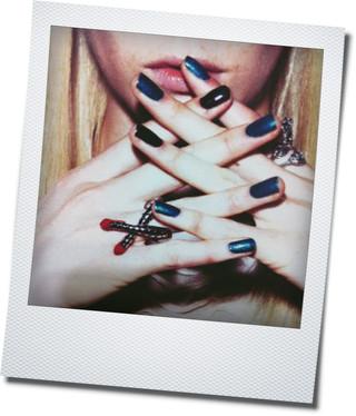 marble nail_a0117115_251556.jpg