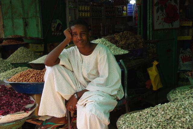【スーダン周遊】 オムドゥルマンのスーク その2_c0011649_026349.jpg