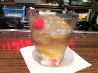 海員閣で豚バラそば、西口フライデーズでお酒。横浜公演の直帰率きわめて低い。(でも楽し)_e0094804_22522046.jpg