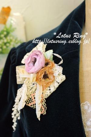 春色のコサージュ*_a0169912_21283038.jpg