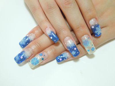 Blue Snow Nail_a0239065_16483599.jpg