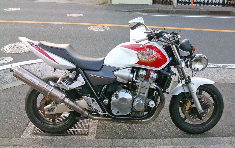 バイク買取 CB1300SF(SC54) 事故車・・・_c0086965_16122830.jpg