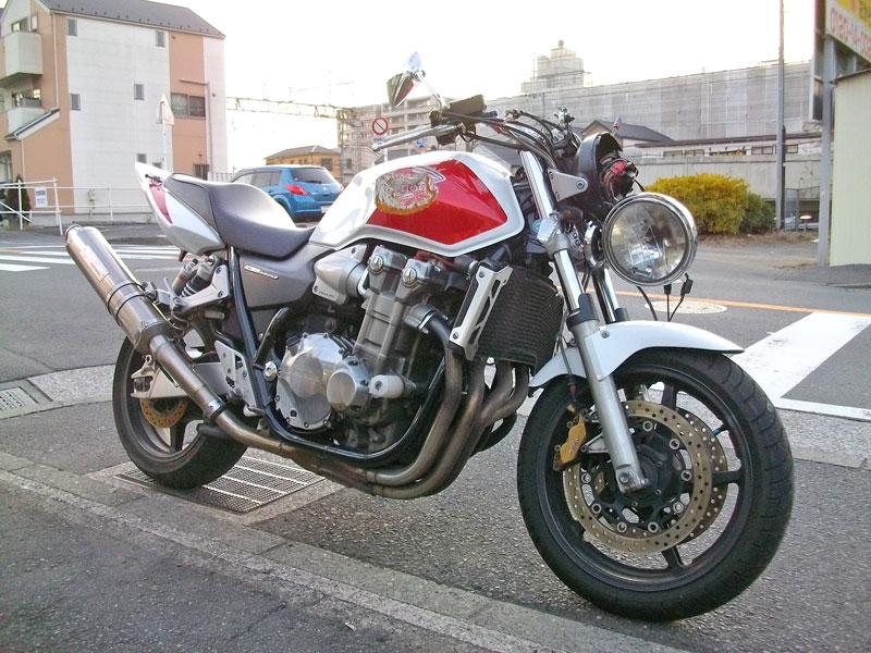 バイク買取 CB1300SF(SC54) 事故車・・・_c0086965_1613879.jpg