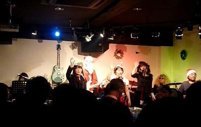 2011年、カラフル年末ライブのライブレポ:その1。_e0188087_210391.jpg