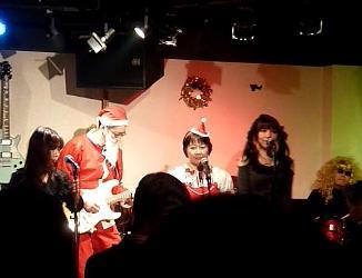 2011年、カラフル年末ライブのライブレポ:その1。_e0188087_294382.jpg