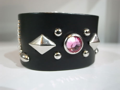 【RISK×MODERN PIRATES】♪STUDS WRIST BAND入荷のお知らせ_a0097901_18184297.jpg