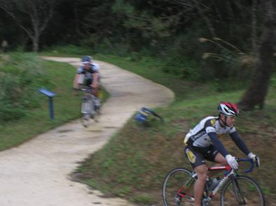 自転車競技連盟の合宿が始まりました!!_f0121321_2010165.jpg
