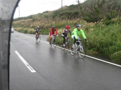 自転車競技連盟の合宿が始まりました!!_f0121321_20215917.jpg