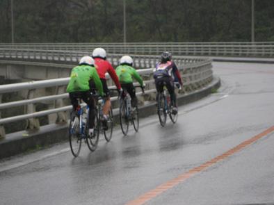 自転車競技連盟の合宿が始まりました!!_f0121321_20224211.jpg