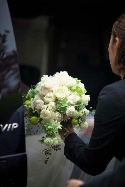 新郎新婦様からのメール 400のバラの花で4 山手西洋館様へ_a0042928_2228486.jpg