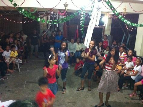 南国のクリスマスパーティー_d0146933_13221640.jpg