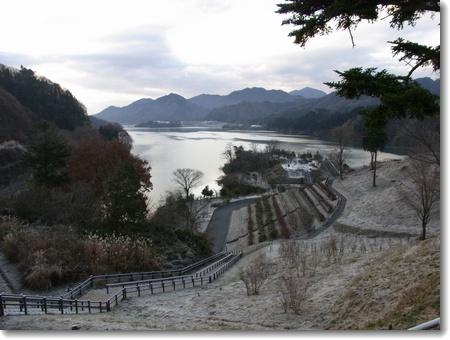 宮ヶ瀬 2011.12.23_c0147448_1874648.jpg