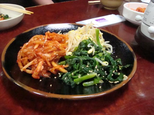 新大久保「韓国料理 松屋」へ行く。_f0232060_2083172.jpg