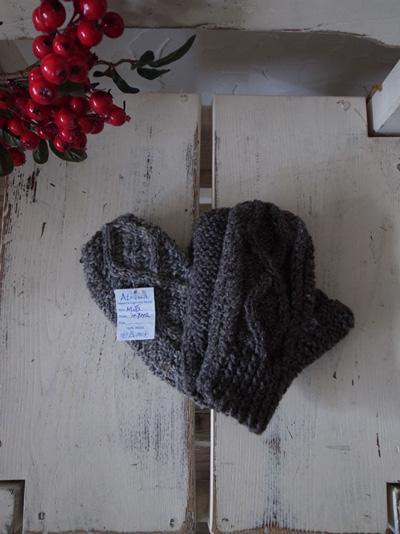 wool-item_a0113127_9424461.jpg