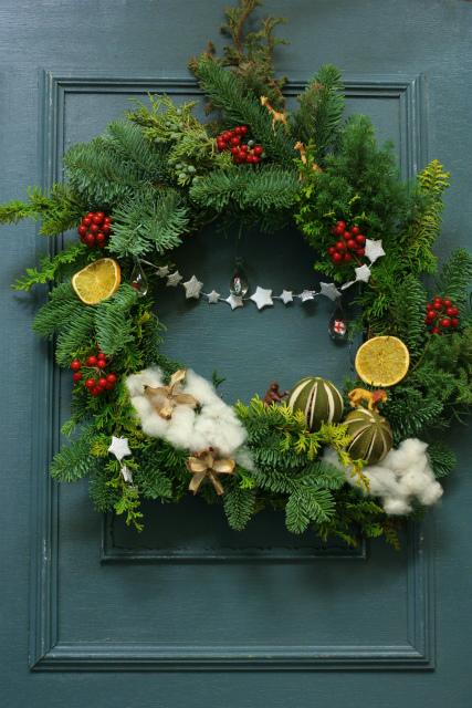 一会スクール12月 そしてクリスマスのリース1 モミリース編_a0042928_1192012.jpg