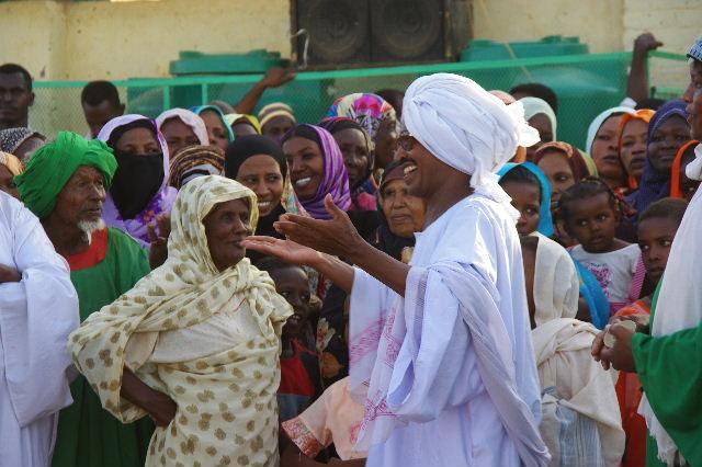 【スーダン周遊】 ハマデルニール・モスクのスーフィーの祭 (1)_c0011649_6433927.jpg