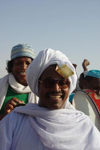 【スーダン周遊】 ハマデルニール・モスクのスーフィーの祭 (1)_c0011649_643749.jpg