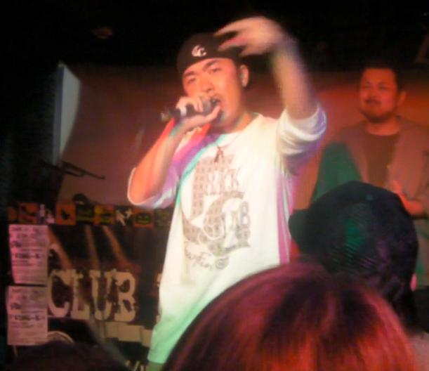 戦慄MCBATTLE vol.16(2010.10.31) play back REPORT_e0246863_10145093.jpg
