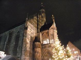 Nuernberg ニュルンベルクの夜のクリスマス _e0195766_6545294.jpg