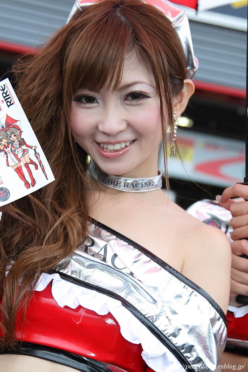 RIRE RACING GIRLS 佐崎愛里さん_c0215885_0243076.jpg