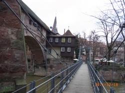 Nuernberg ペグニッツ川の風景と聖ローレンツ教会_e0195766_612185.jpg