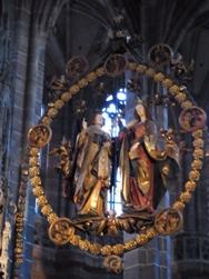 Nuernberg ペグニッツ川の風景と聖ローレンツ教会_e0195766_6164318.jpg