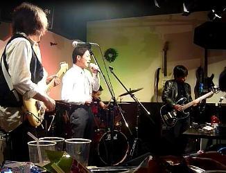 2011年、カラフル年末ライブのライブレポ:その1。_e0188087_2144933.jpg