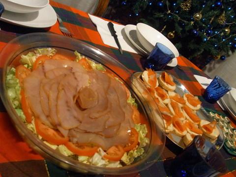 スモークサーモンのタルティーネ☆ イタリアのクリスマス Natale_b0246303_359240.jpg