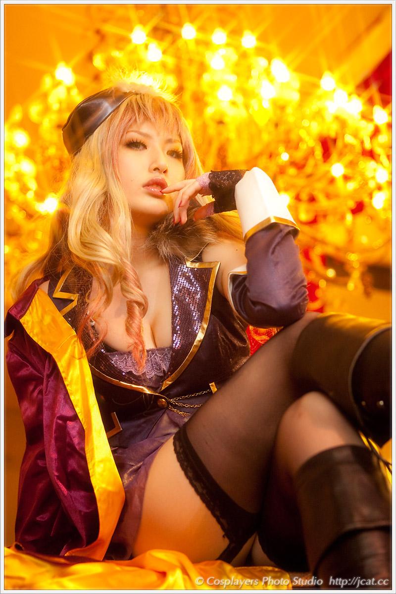 2011年 冬コミックマーケット81 新作コスプレROMのご案内_b0073141_21513215.jpg