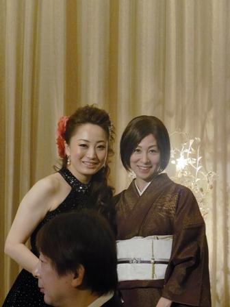 バンブー表参道で過ごす「ソプラノ歌手鈴木慶江さんのクリスマスディナーコンサート」_a0138976_1826926.jpg