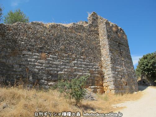 古代ヴヘティオンとビザンティン時代のロギの城 _c0010496_10252148.jpg
