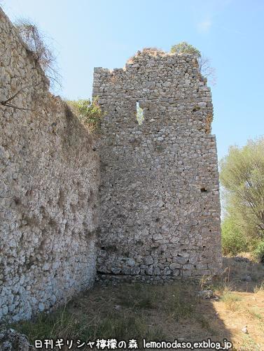 古代ヴヘティオンとビザンティン時代のロギの城 _c0010496_10255126.jpg
