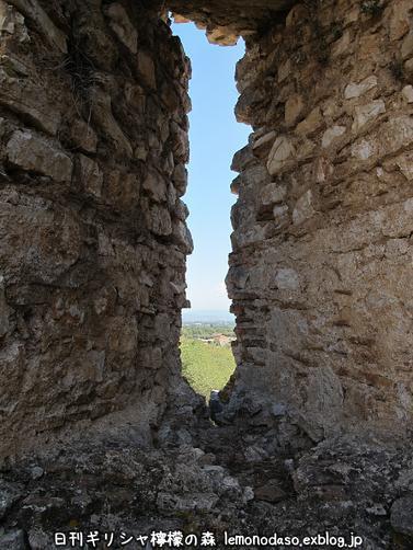 古代ヴヘティオンとビザンティン時代のロギの城 _c0010496_10264399.jpg