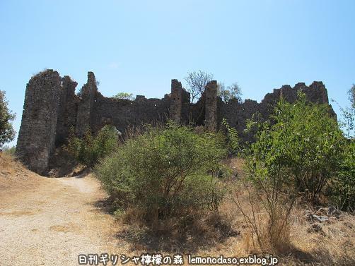 古代ヴヘティオンとビザンティン時代のロギの城 _c0010496_1027513.jpg