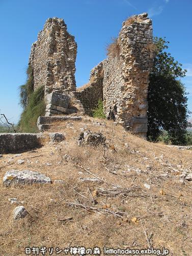 古代ヴヘティオンとビザンティン時代のロギの城 _c0010496_10312386.jpg