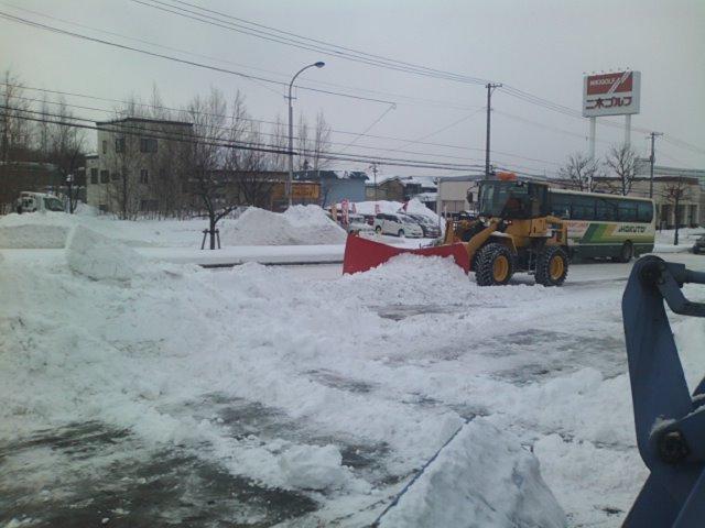 除雪とAPLUSさん_b0127002_12103475.jpg