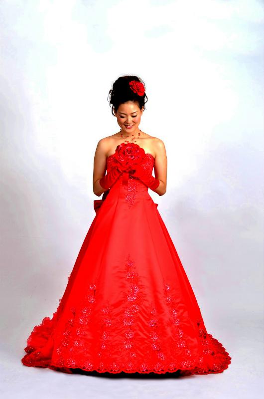 新郎新婦様からのメール 人生で初めて、花にときめいた一日  赤いドレスに_a0042928_23164942.jpg