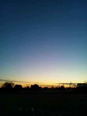 今日も夕暮れはきれいです_a0014840_16561381.jpg