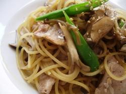 12/27本日のパスタ:豚バラ肉とキノコの和風スパゲティ_a0116684_11555630.jpg