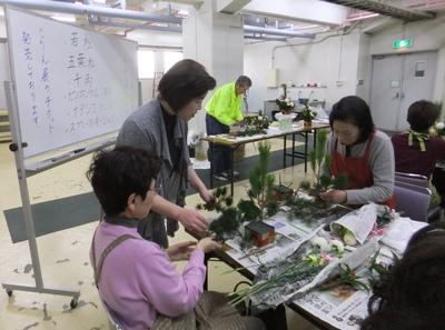 川崎市主催 「お正月アレンジメント講習会」_d0092262_8414696.jpg