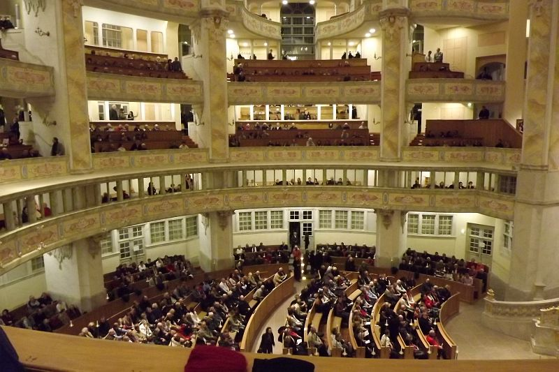 フラウエン教会のオルガンコンサート_e0022175_12212626.jpg
