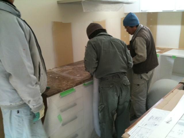 キッチン工事 2日目です。_b0120583_10583380.jpg