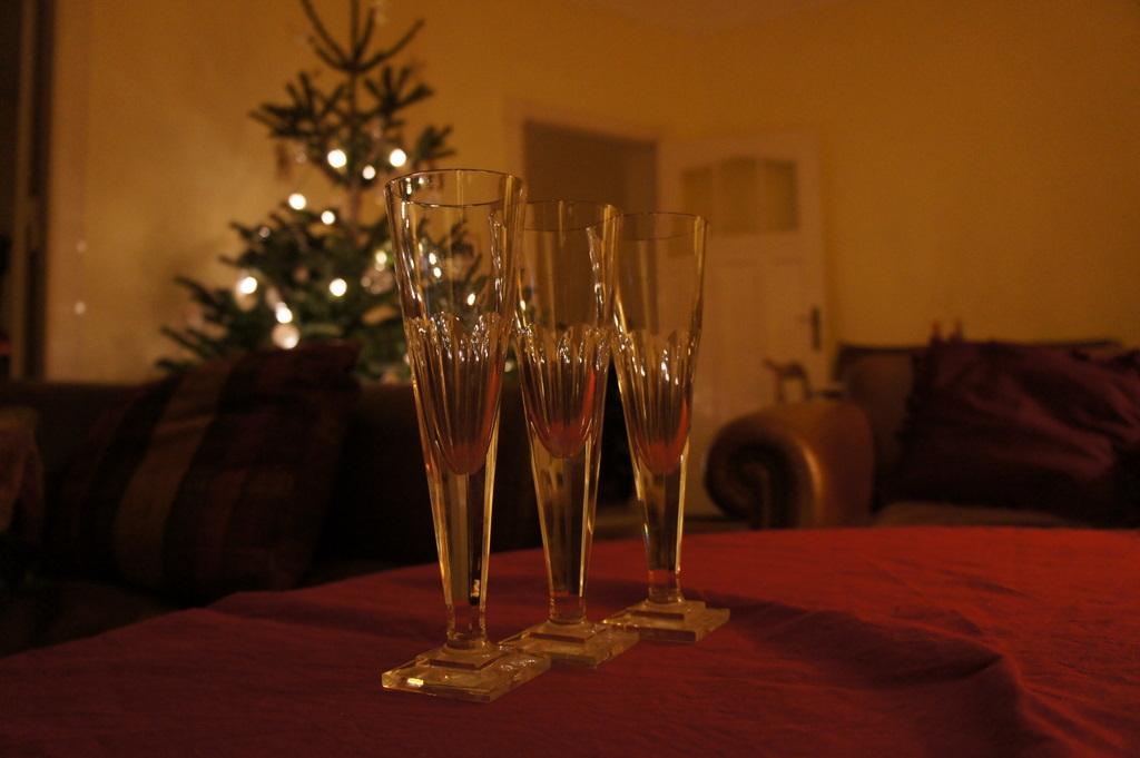 クリスマス晩餐、26日は拙宅で。_c0180686_1952329.jpg