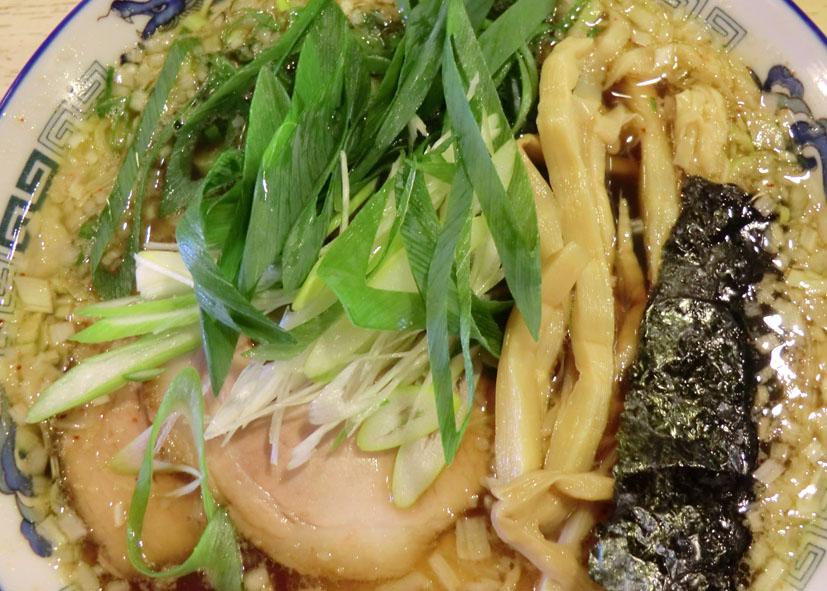 蔵出し醤油麺_a0102098_112246100.jpg
