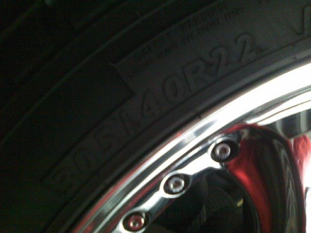 ランクル200 バズレイヤ22インチ_b0127002_1492480.jpg