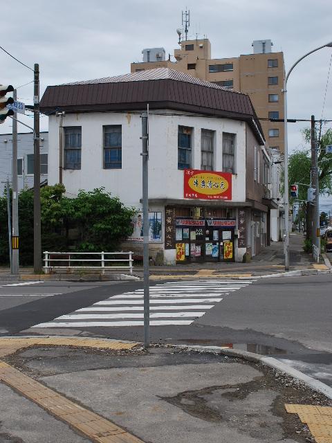 函館銀座通りレトロ建築コレクション・2011(その3)_f0142606_19504513.jpg
