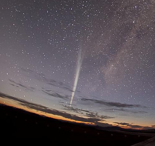 太陽に最接近したラブジョイ彗星C/2011 W3_d0063814_1111378.jpg