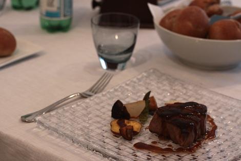 filet de boeuf poele sauce madere 牛フィレ肉のポワレ マデラソース_e0074251_161383.jpg